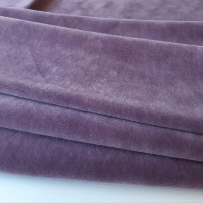 Pilkinta violetinė
