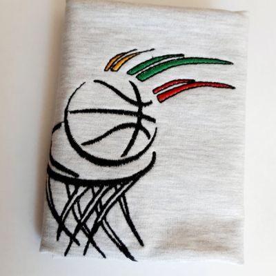 Siuvinėtas basketball šviesiai pilkame fone