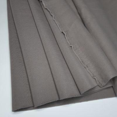 Pilkos spalvos pūkis su kakaviniu atspalviu 280gr