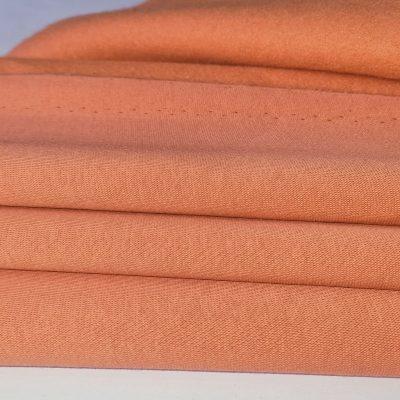 Abrikoso spalva